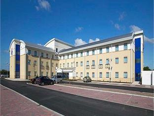 Express By Holiday Inn Airport Hotel Cardiff United Kingdom